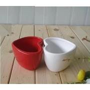 Кашпо керамика красное в форме сердца