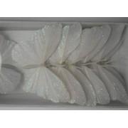 Белая бабочка из перьев 8см